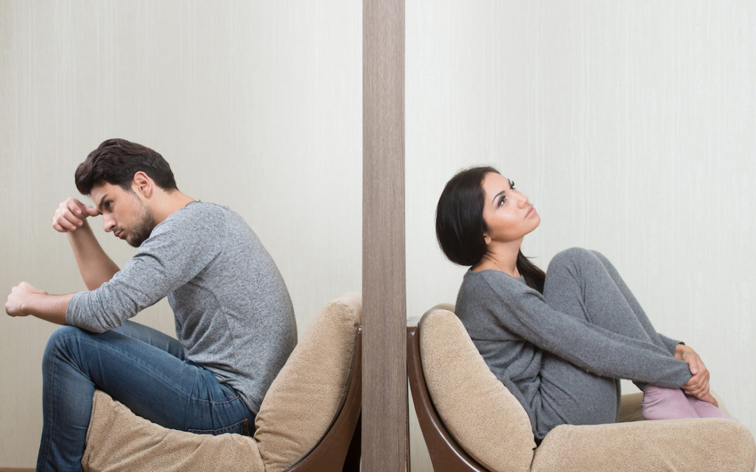 How Fear of Intimacy Sabotages Your Dating Life (The Avoider Mentality)