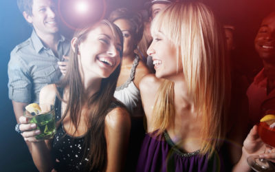 How to Approach a Girl on the Dancefloor: 3 Tips You Can Use Tonight