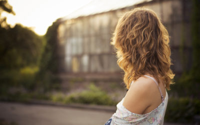 5 Conversation Mistakes That Turn Women Off (And Make You Seem Like an A**Hole)