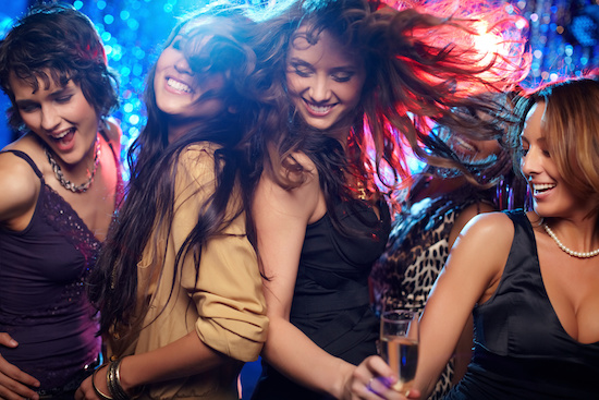 Approaching girls in clubs